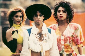 Prince-poses-with-Sheila-E-and-Cat-1988-netherlands-billboard-650.jpg